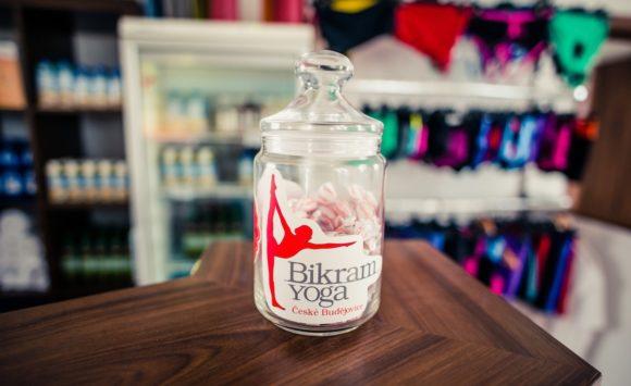 Přínosy cvičení Bikram Yogy